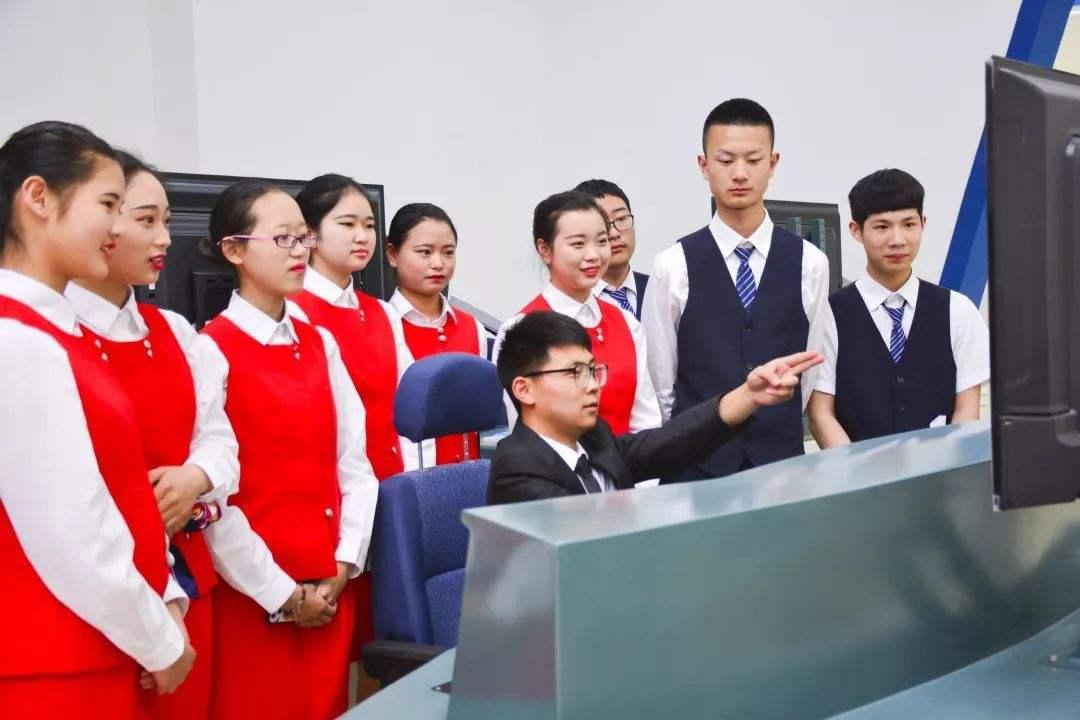 贵州民航乘务学校2020年招生要求